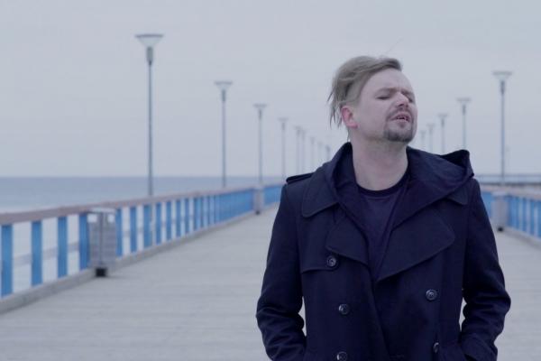 """""""Ryga"""" publicē dziesmu no topošās """"Dailes teātra"""" izrādes un Lietuvā filmēto videoklipu"""