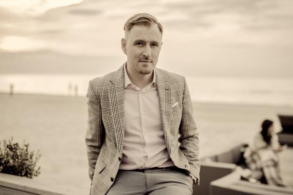 """Jānis Stībelis laidis klajā video klipu savam jaunākajam singlam """"Džoanna"""""""